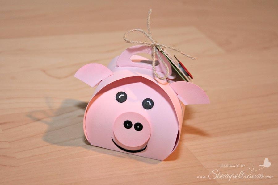 Schwein aus Zierschachtel für Andenken vorne