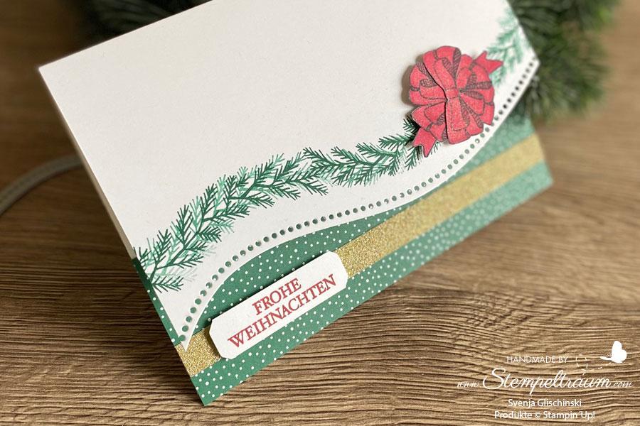 Weihnachtskarte mit dem Set Geschwungene Weihnachten kombiniert mit den passenden Stanzenformen Mit Schwung